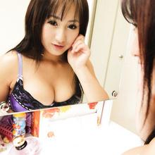 Riri Yonekura - Picture 13